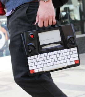 The Hemingwrite 'Typewriter'